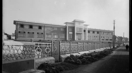 La pause patrimoine autour de l'école des Violettes – Saumur – 28 avril